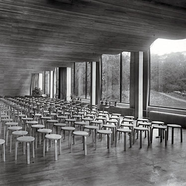 Alvar Aalto Viipuri Municipal LIbrary - the essence of sculpted space